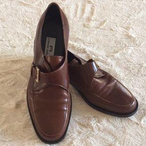 Etienne Aigner Esquire Sz 8M leather loafers